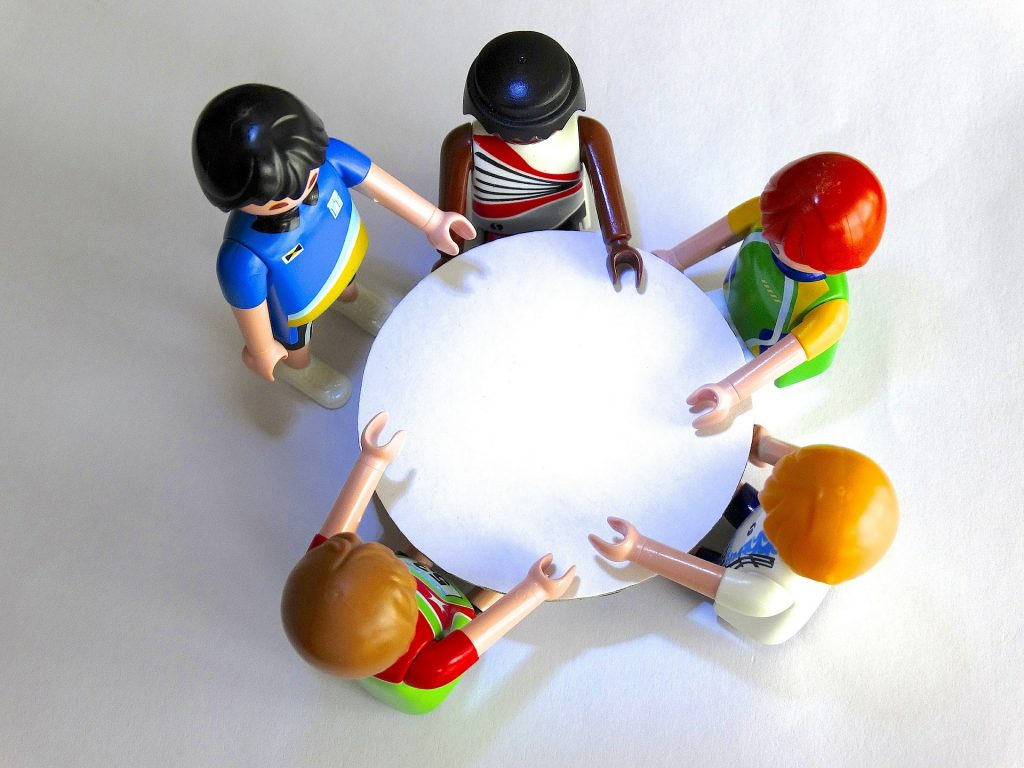 ronde-tafel gesprek intervisie overleg teamwork